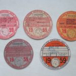 TAX DISCS –  1959 COMPLETE YEAR SET OF OLD BRITISH VINTAGE VEHICLE LICENSES  – Défiscalisez mieux